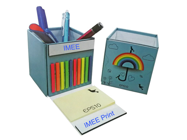 Notepad and Post It Note